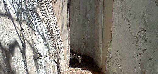 Escalera y puerta del jardines de Casablanca en San Juan