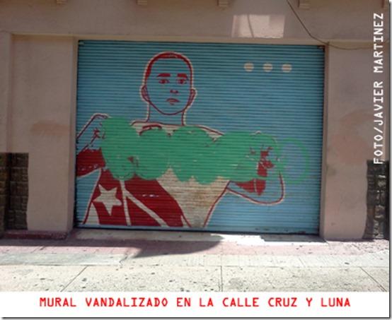 UN ICONO MUTILADO Cronica urbana thumb - Un Icono Mutilado | Mural Carlos Arroyo
