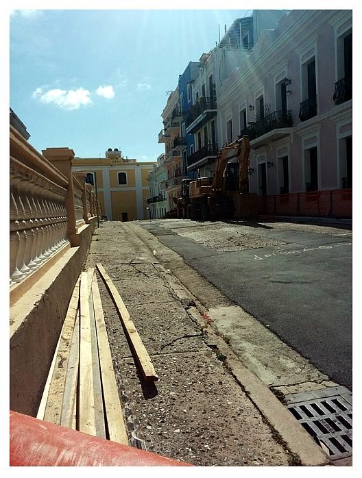 Calle Luna en construccion cronica urbana - Calle Luna en la Luna