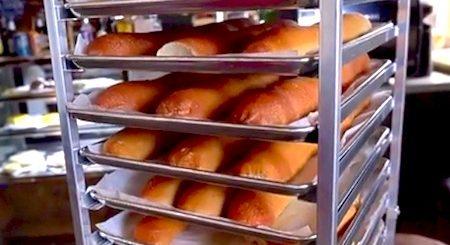 Abre Panaderia en Viejo San Juan